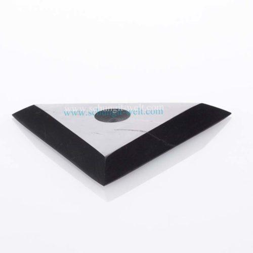 Schungit-Untersetzer Dreieck, poliert-0